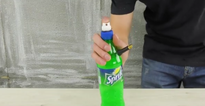 HD How to Make Simple Air Paint Spray Gun